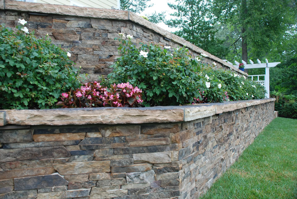 Garden Walls and Columns Landscape Associates Inc